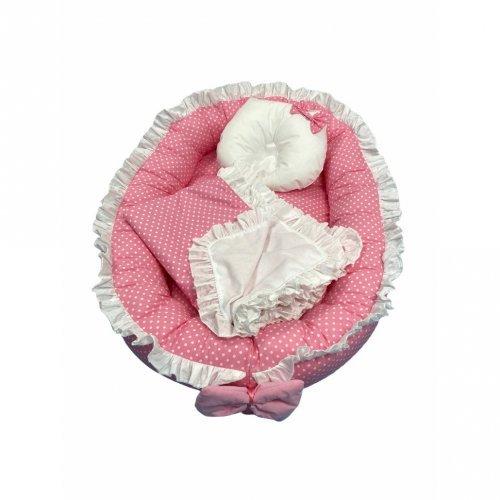 Cuib baby nest bebelusi cu volanase si buline albe pe roz